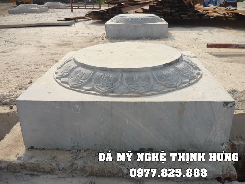 Mẫu Chân tảng bằng đá của Đá mỹ nghệ Thịnh Hưng Ninh Bình.