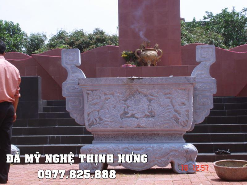 Mẫu Lư hương đá tại Khánh Hòa