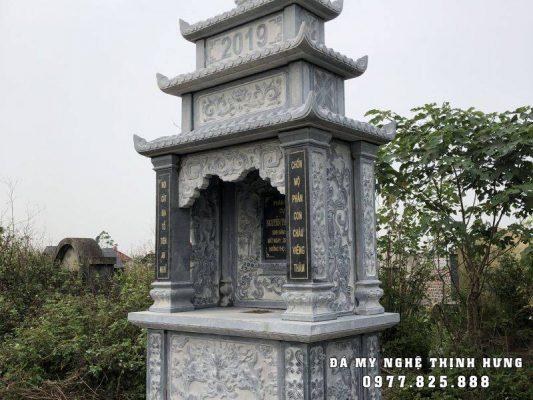 Lăng thờ đá hộp không cánh ba mái đẹp bằng đá xanh đen tự nhiên.
