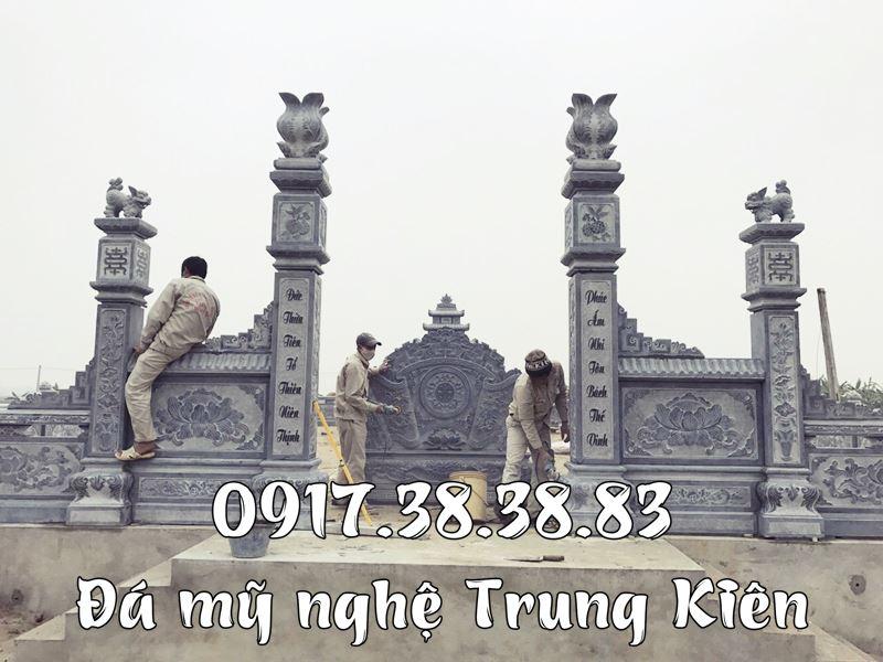 Cau doi cua Khu Lang mo Nguyen Toc Chi Mo