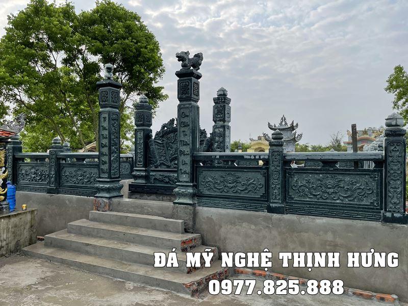 Cong vao khu Lang mo da xanh reu tai Nam Dinh