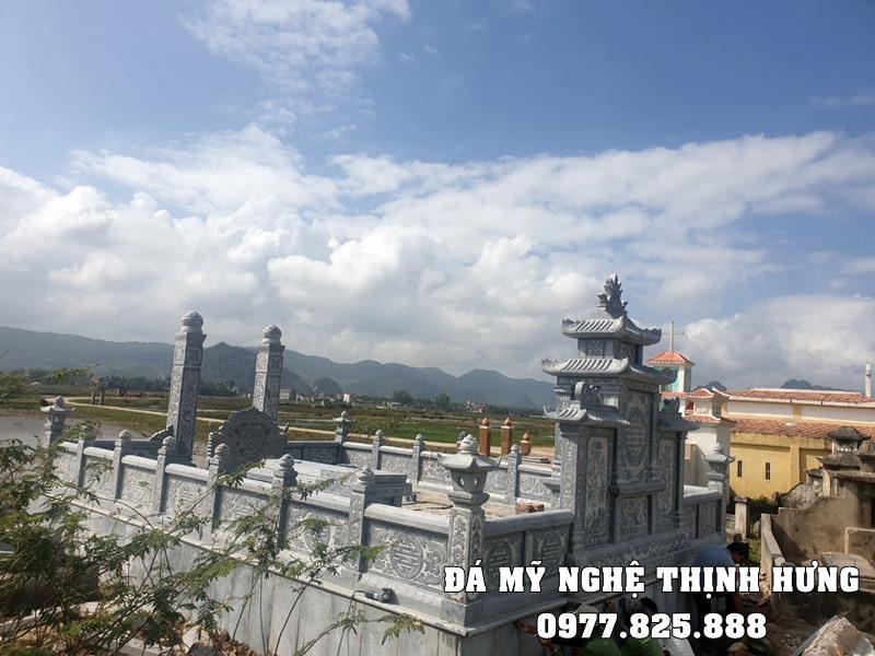 Xay Lang mo da xanh tai Ninh Binh